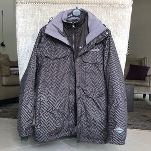 Columbia winter jacket with removable layer